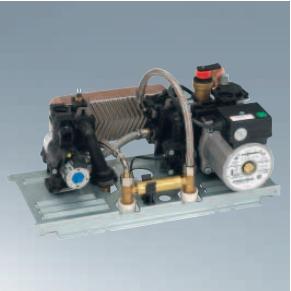 Poza Centrala termica pe gaz Viessmann Vitopend 100-W 24 kW cu tiraj natural vedere bloc hidraulic